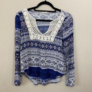 Love Stitch Boho Long Sleeve Top Crochet Accents